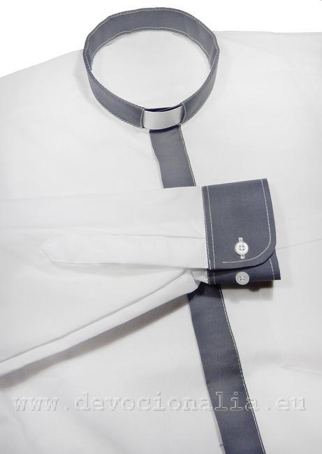 413d9aa2b05b Moderná kňazská košeľa - s grafitovým lemovaním