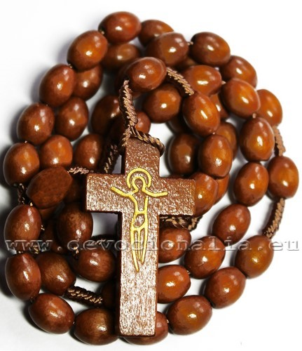 knotted_rosary_8x10mm_wood_lightBrown.JPG